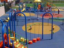 Lafayette playground amenities